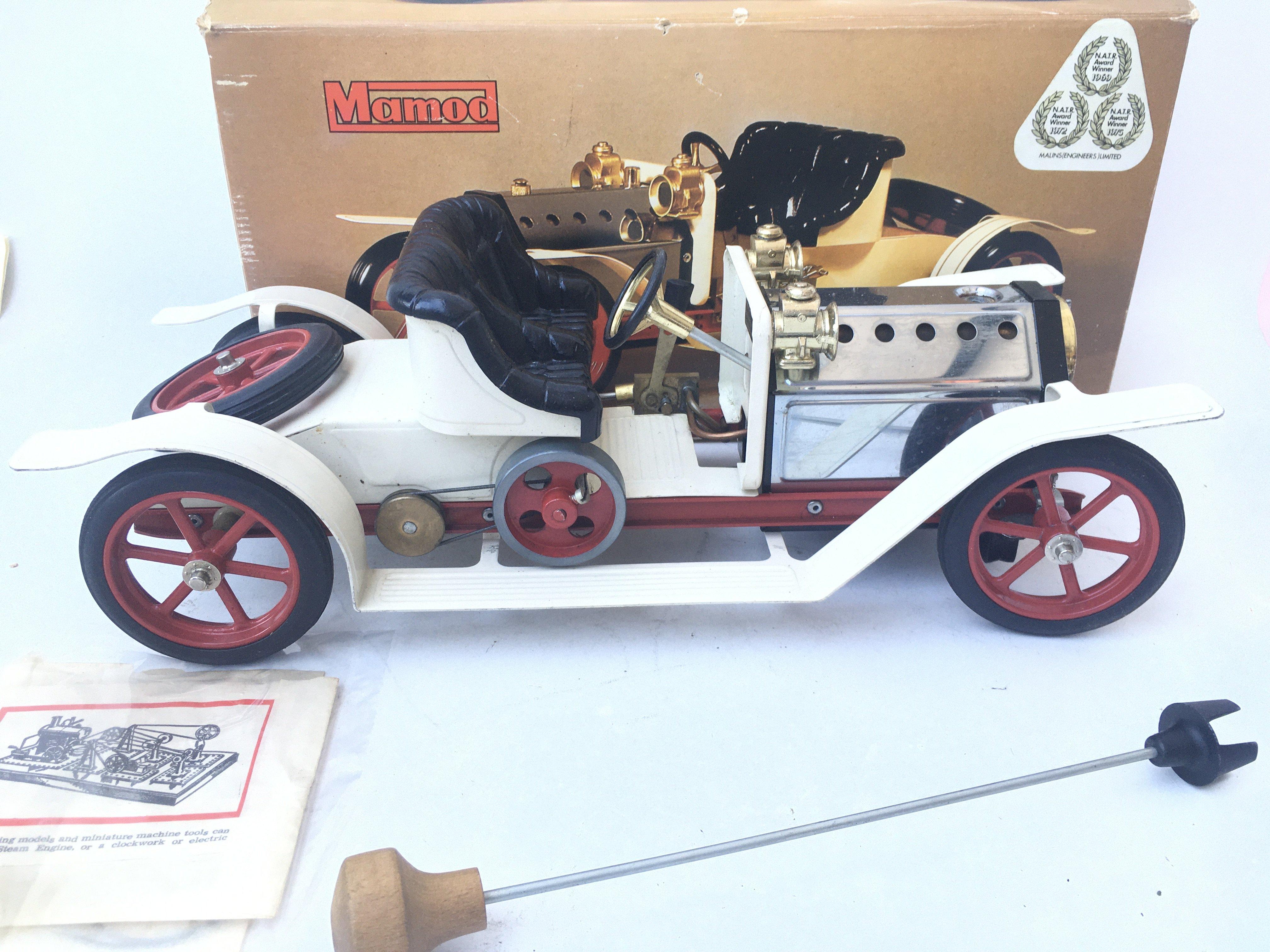 A Boxed Mamod Steam Roadster SA1. - Image 2 of 2