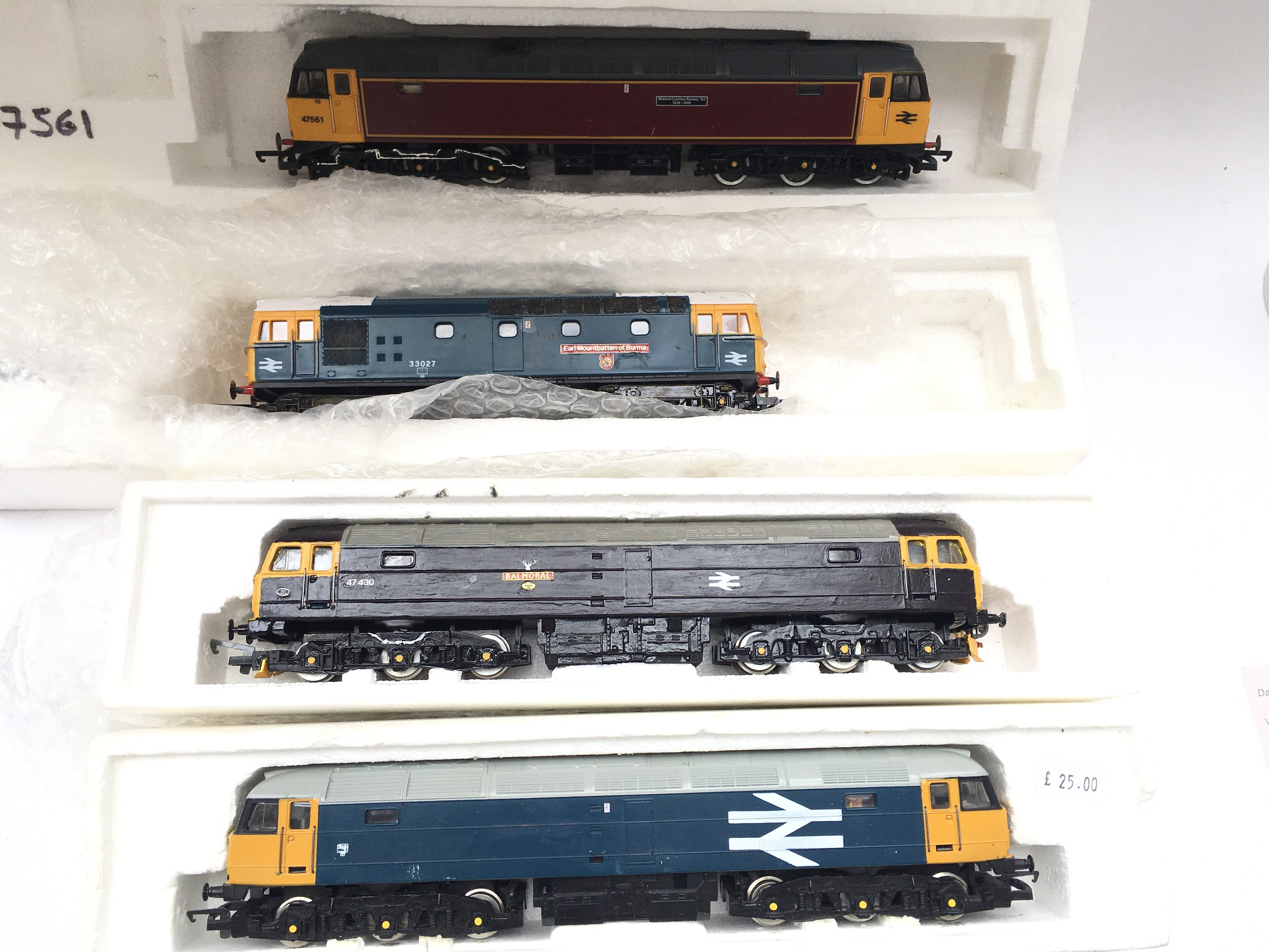 A Collection of 4 X 00 Gauge Locomotives 2 Have Be
