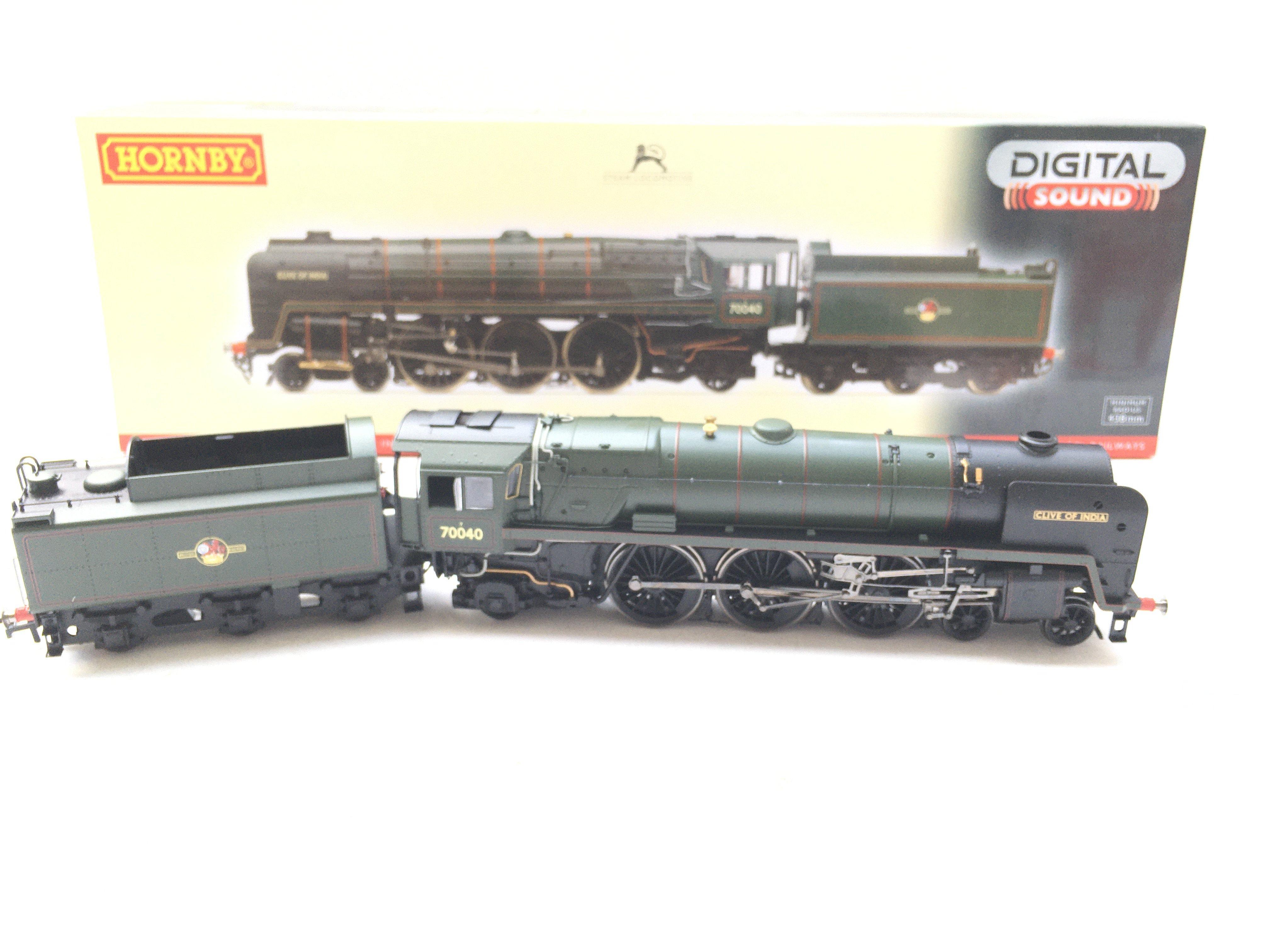 A Boxed Hornby BR 4-6-2 Britannia Class 7MT 'Clive