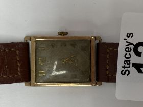 A gents 9ct gold cased vintage wristwatch