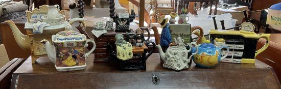 8 collectors teapots