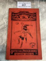 33/34 Arsenal v West Brom Football Programme: Good condition with no team changes. Rusty staples