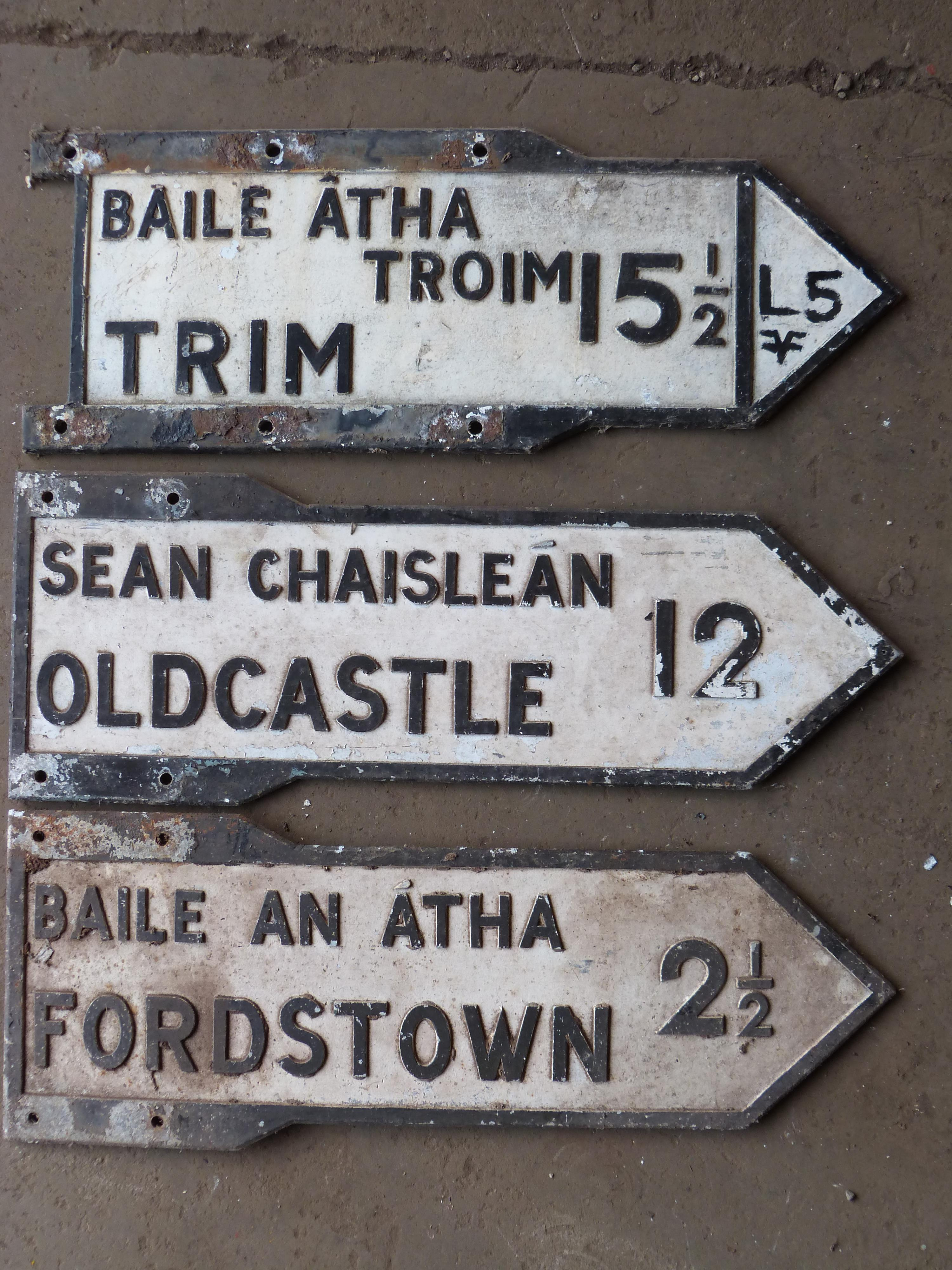 Three vintage Irish double sided cast aluminium signs comprising Fordstown, Oldcastle & Trim, length - Image 2 of 2