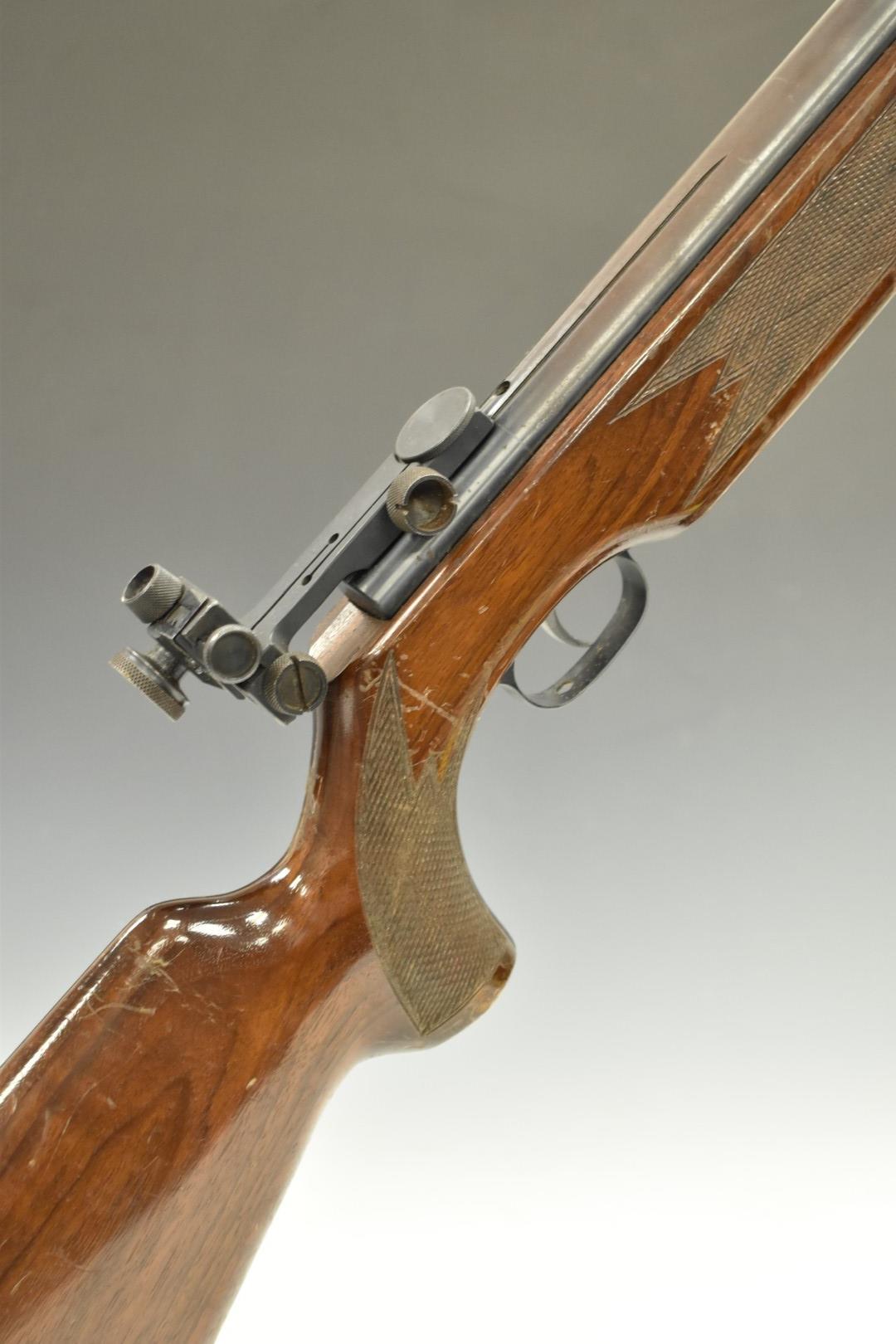 Weihrauch HW55 .177 air rifle with chequered semi-pistol grip, adjustable trigger, raised cheek