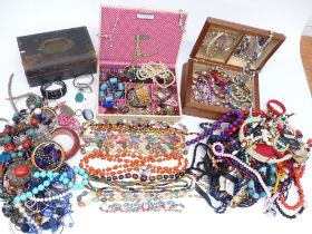 A collection of costume jewellery including necklaces, etc
