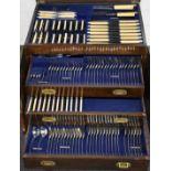 Goldsmiths & Silversmiths Co Ltd George V hallmarked silver Old English pattern canteen of cutlery