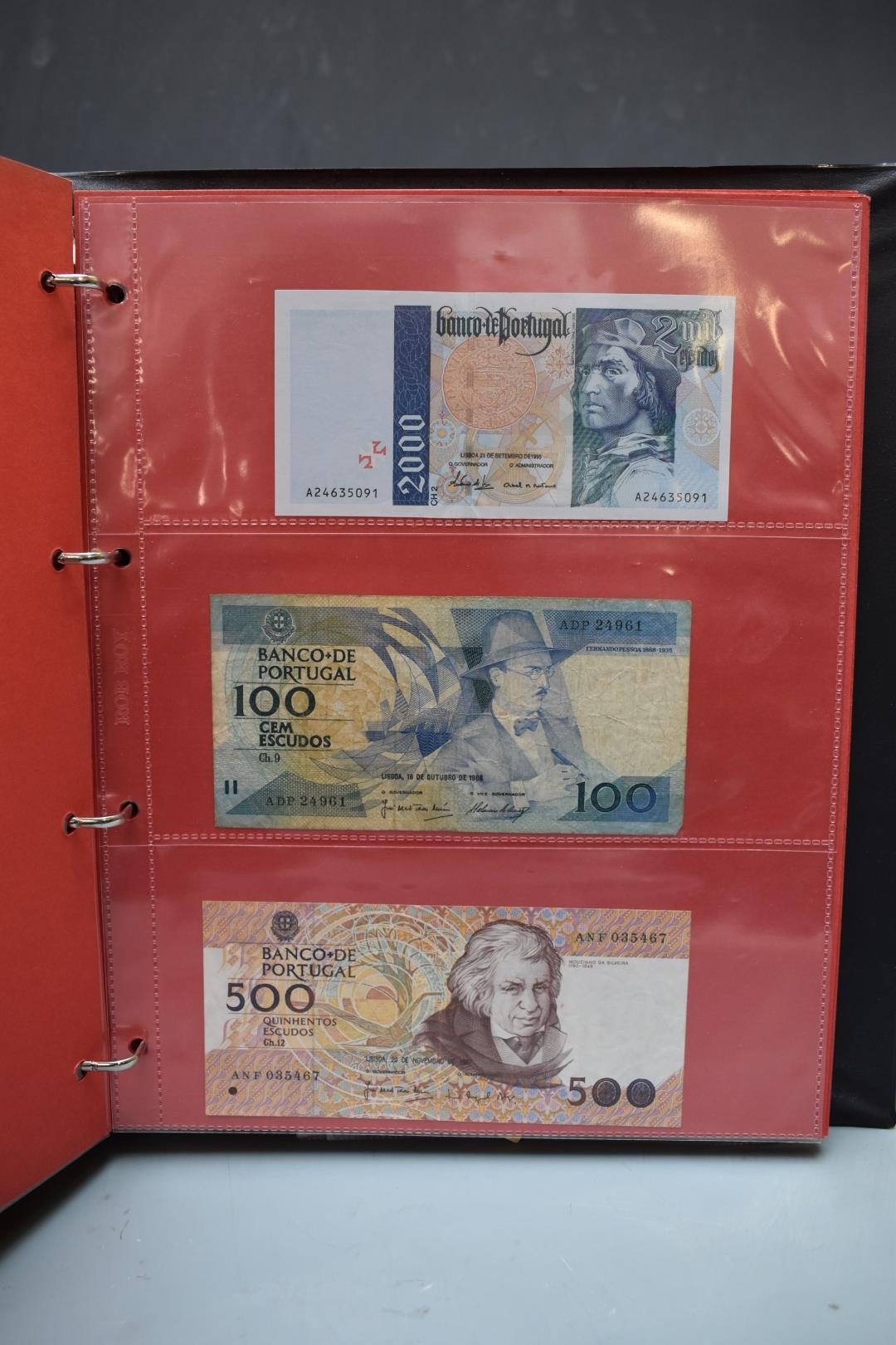 An amateur collection of world banknotes in two albums including Bank of Ireland, some used, many in - Image 12 of 13