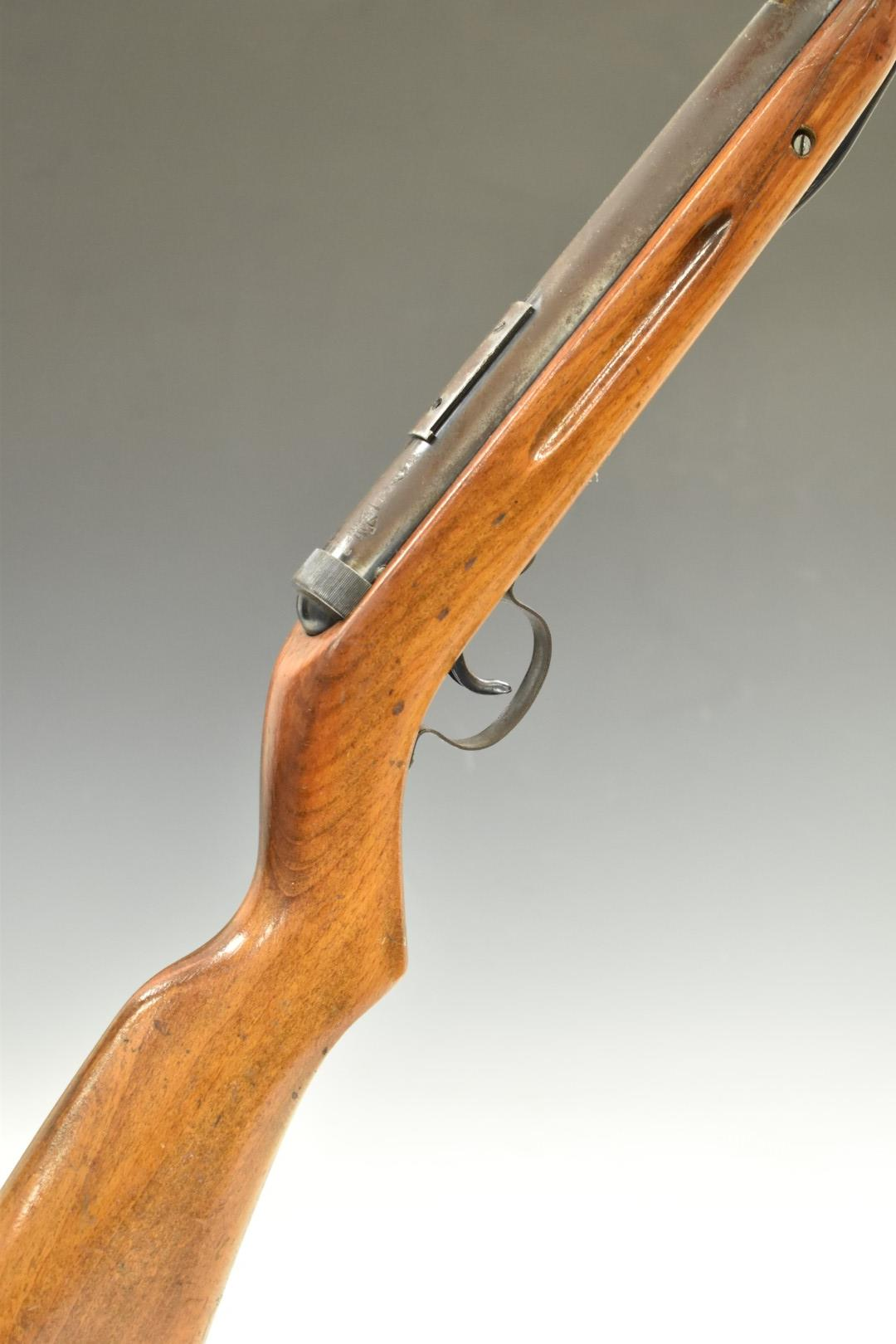 Diana Model 25 .22 air rifle with semi-pistol grip and scope rail, NVSN.