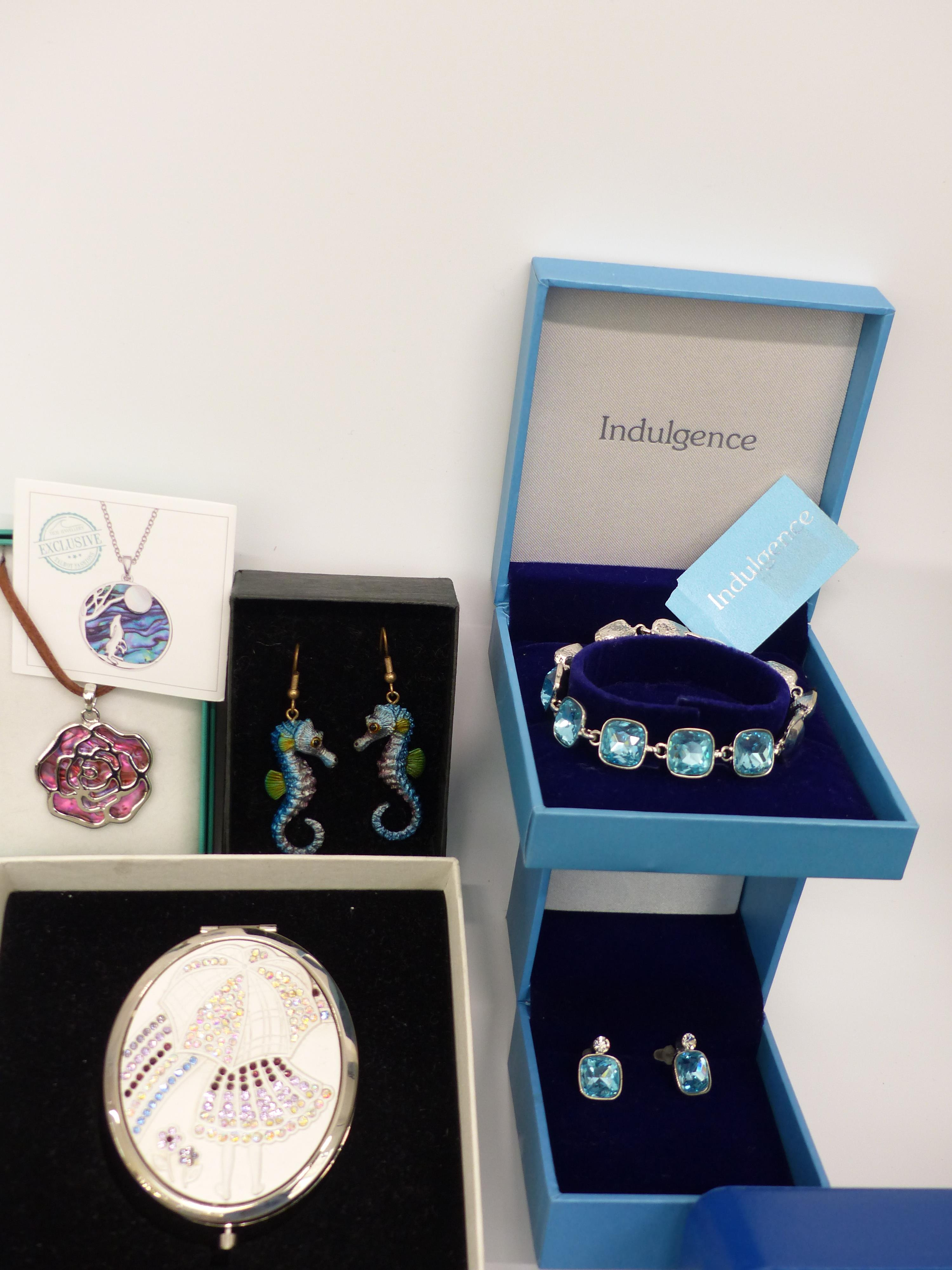 A collection of costume jewellery including necklaces, brooches, silver earrings, etc - Image 2 of 3