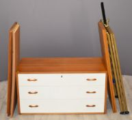 Retro / mid century Ladderax components, to include three drawer unit, six shelves and three