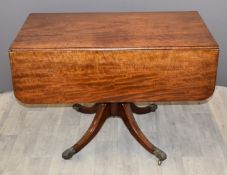 19thC mahogany Pembroke table with moulded decoration, W103 x D57 x H72cm