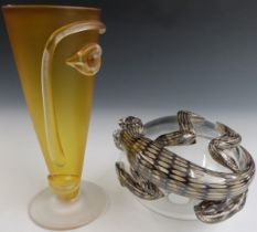Blowzone glass 'face' vase in yellow from the Visage series, 20.5cm tall, and a Blowzone Gecko on