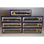 Seven 'OO' gauge GWR coaches, each in Bachmann box. (7)