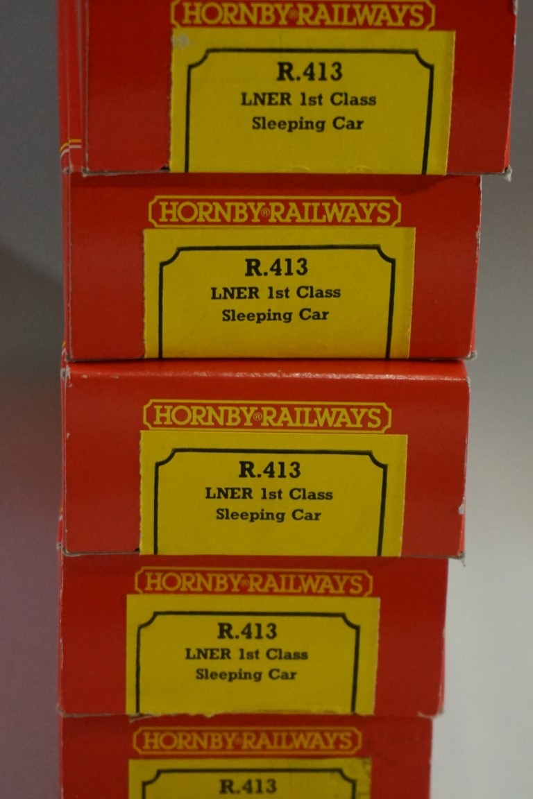 Eight Hornby 'OO' gauge LNER sleeping coaches, each in original box. (8) - Image 9 of 10
