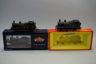 Two metal 'OO' gauge LMS 0-6-0T 3F Class 'Jinty' locomotives, comprising:Triang Hornby R52S '7529',