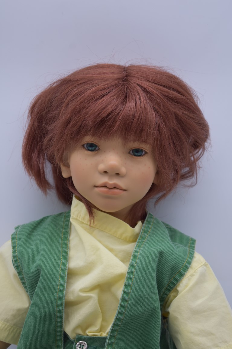An Annette Himstedt 'Melvin' doll, boxed with certificate. - Image 2 of 5