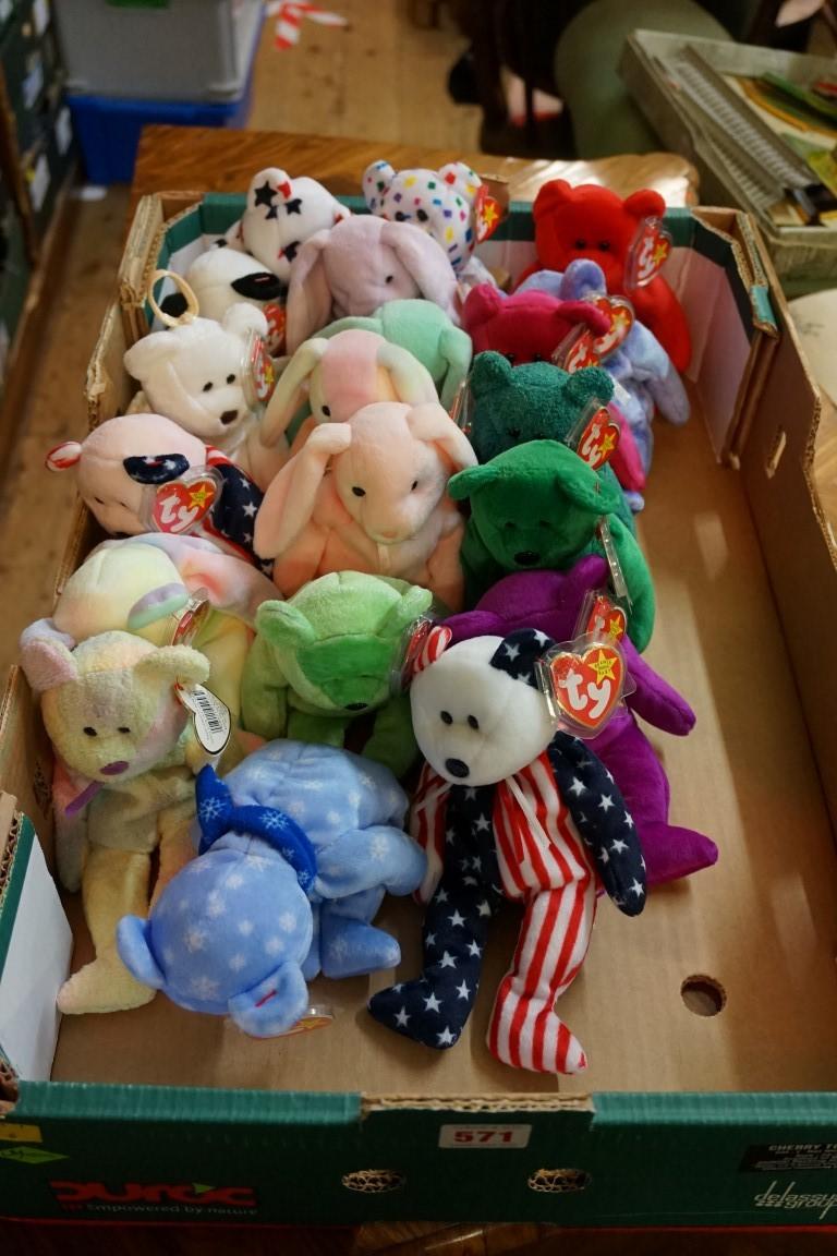 Twenty Ty 'Beanie Babies', each with tag. (20)