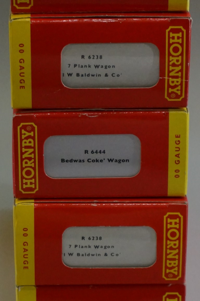 Eleven 'OO' gauge wagons, each in Hornby box. (11) - Image 11 of 12