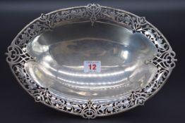 A silver pierced oval fruit dish, by William Hutton & Sons Ltd, Sheffield 1938, 29cm, 512g.