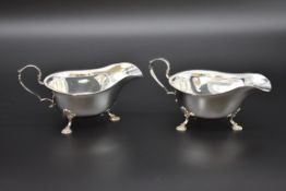 A pair of silver sauce boats, by Mappin & Webb Ltd, Sheffield 1967, 241g.