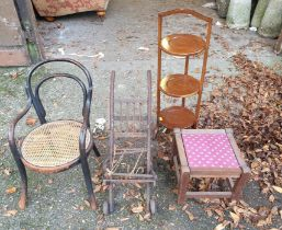 A sundry lot of furniture.