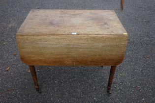 A Regency mahogany Pembroke table, 81cm wide.