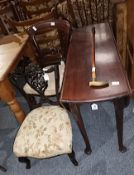 Mah drop leaf din. Table with pad feet, 2 chairs & Walking Stick