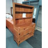 1970s Mouseman dresser with rack 1,2m long