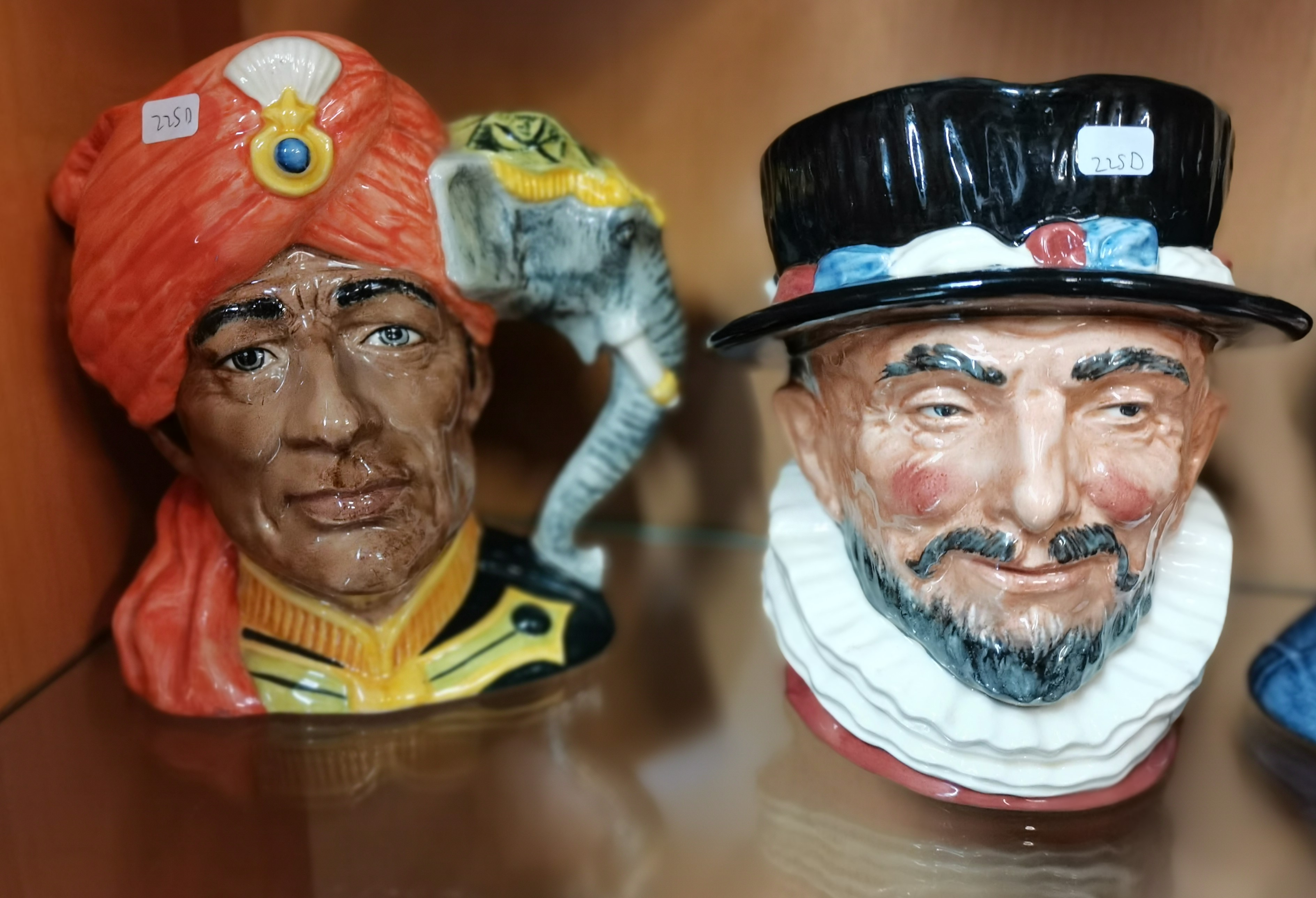 2 Royal Doulton Toby Jugs Nos D6529 and D6841 - Image 2 of 2