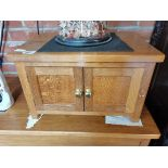 Yorkshire oak small cabinet ( Accornman ) mouseman interest