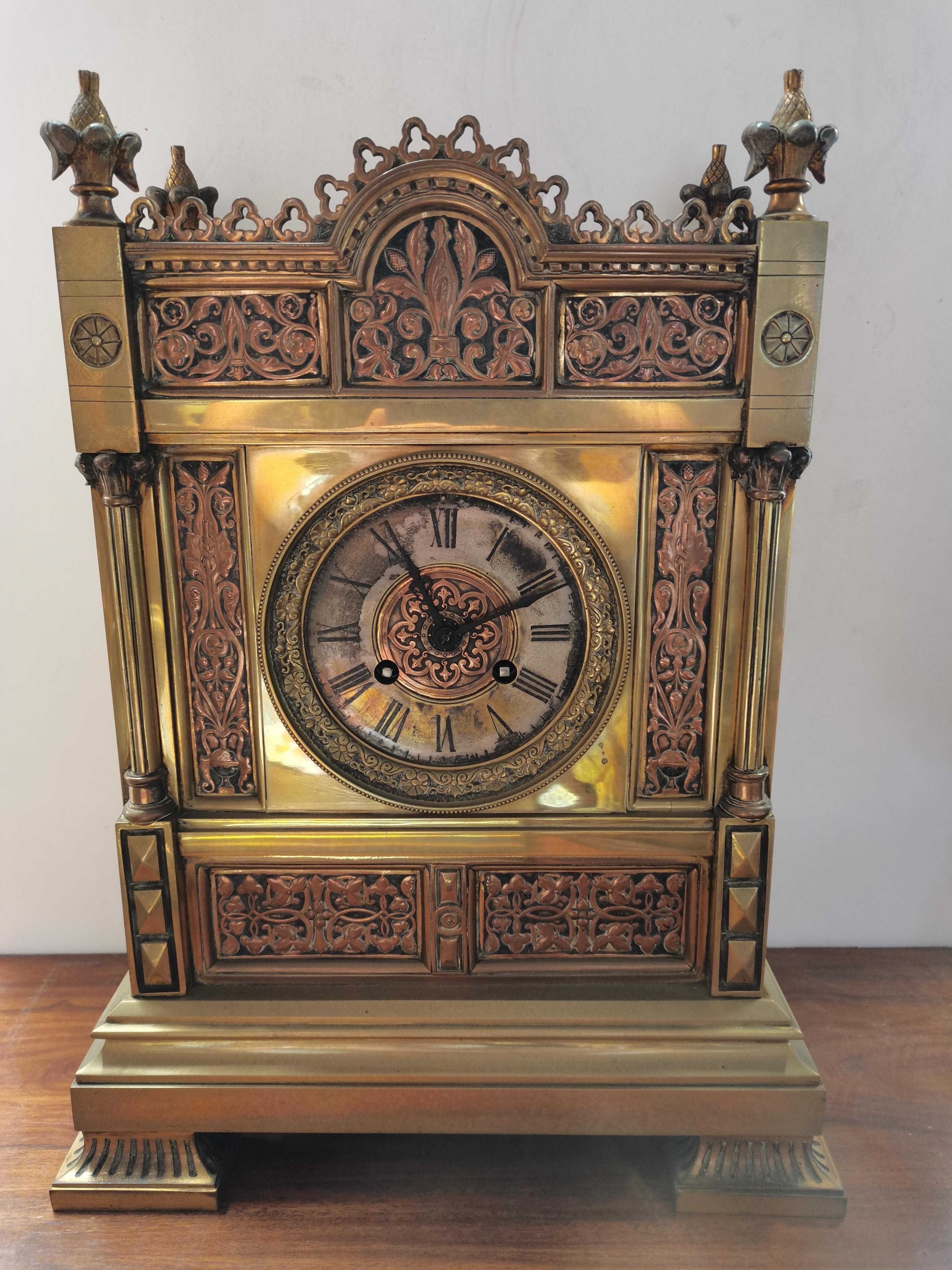 Antique 40cm brass mantle clock