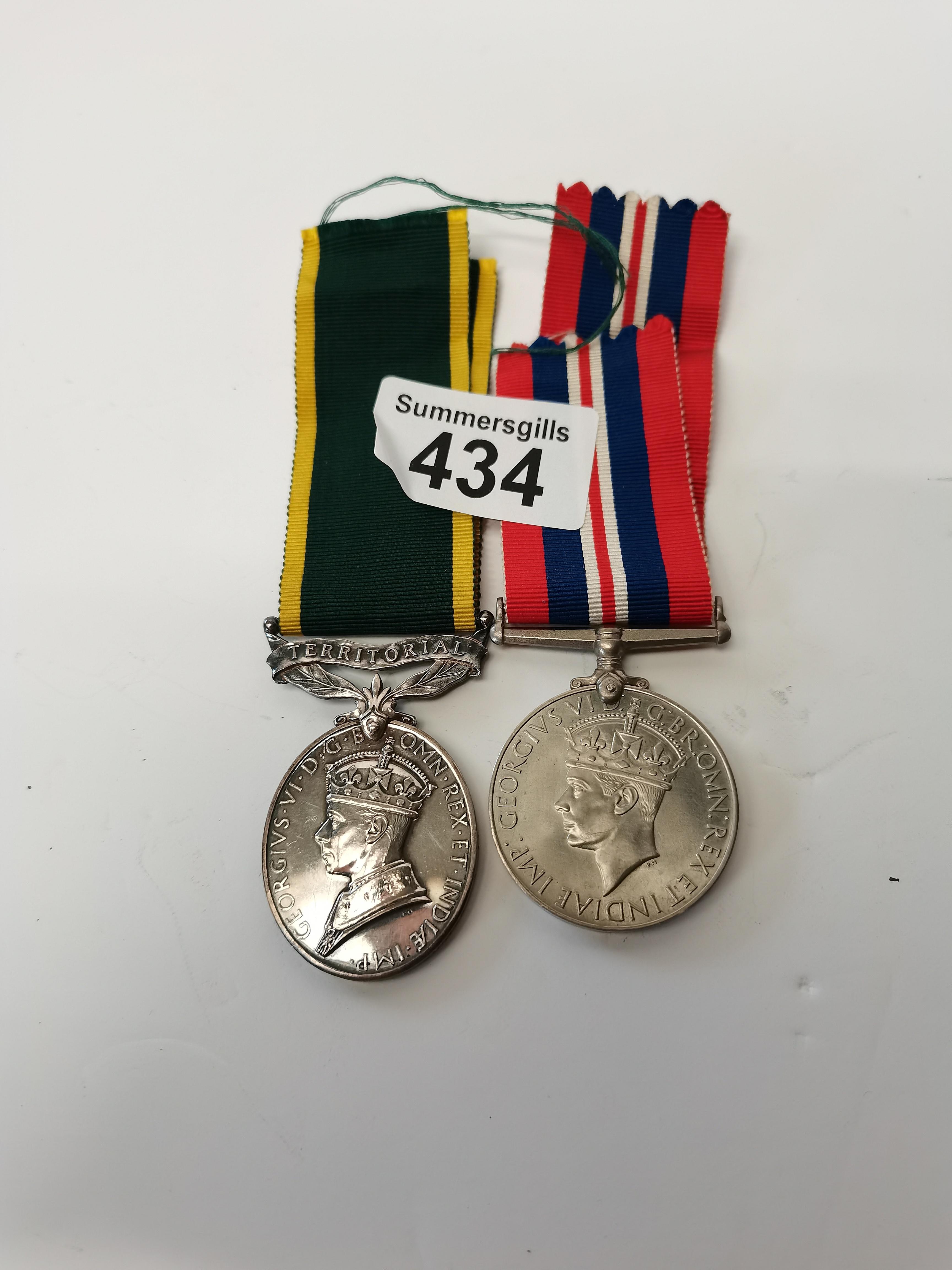 War medal 1939-45 and territorial medal 910872 BDR KM HUNTER RA