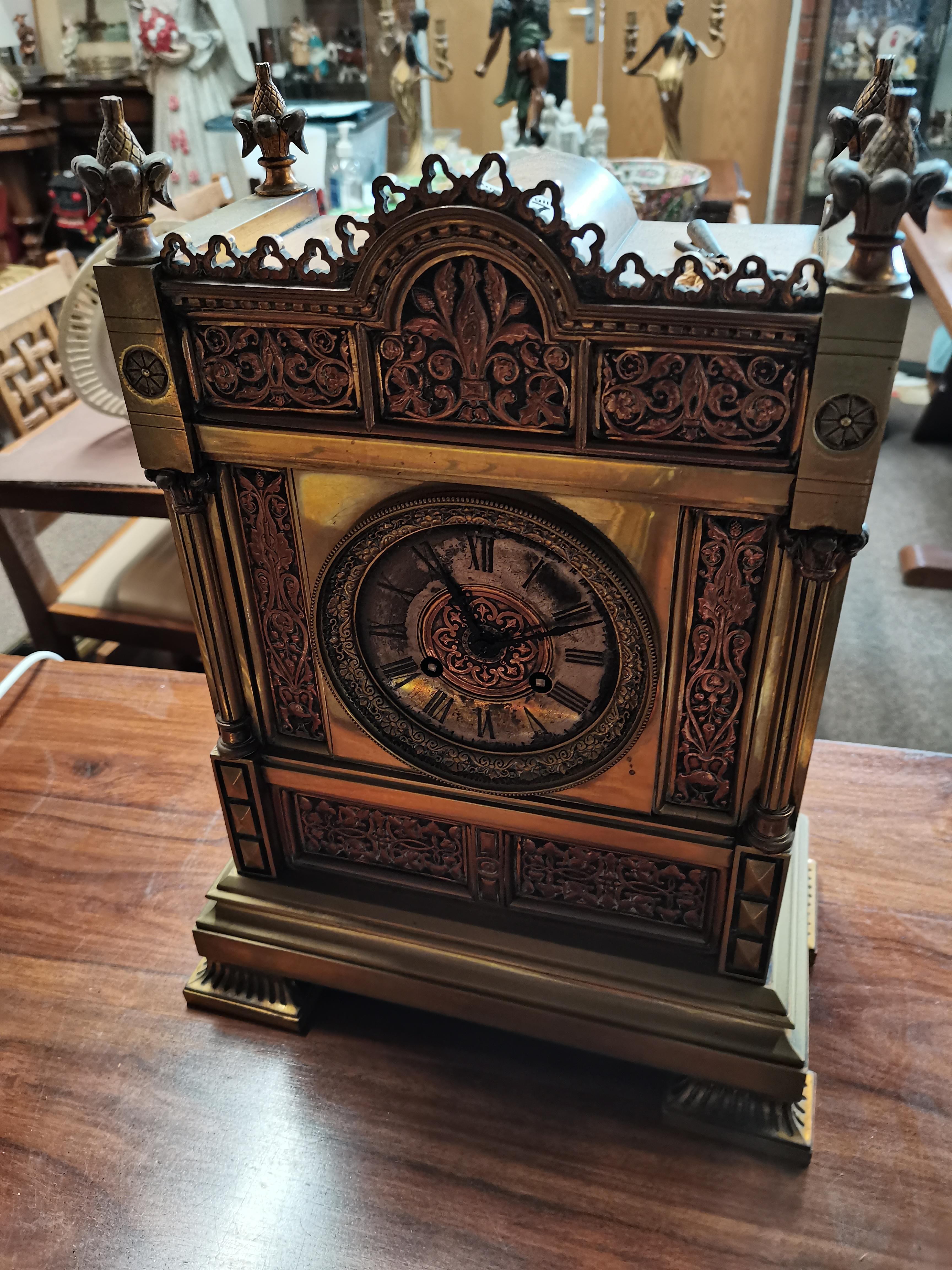 Antique 40cm brass mantle clock - Image 5 of 5