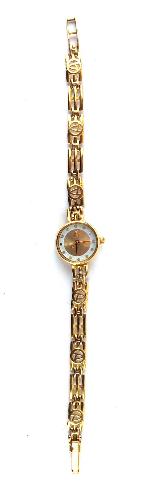 A 9CT GOLD LADIES' WRISTWATCH Champagne tone dial and quartz movement, marked 'BB' with crown to