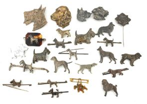 A COLLECTION OF EARLY 20TH CENTURY WHITE METAL AND SILVER DOG BROOCHES To include a silver spaniel