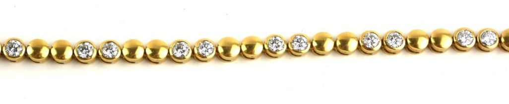 AN 18CT GOLD AND ROUND BRILLIANT CUT DIAMOND BRACELET. (approx 3ct, 17.5cm, 19.7g)