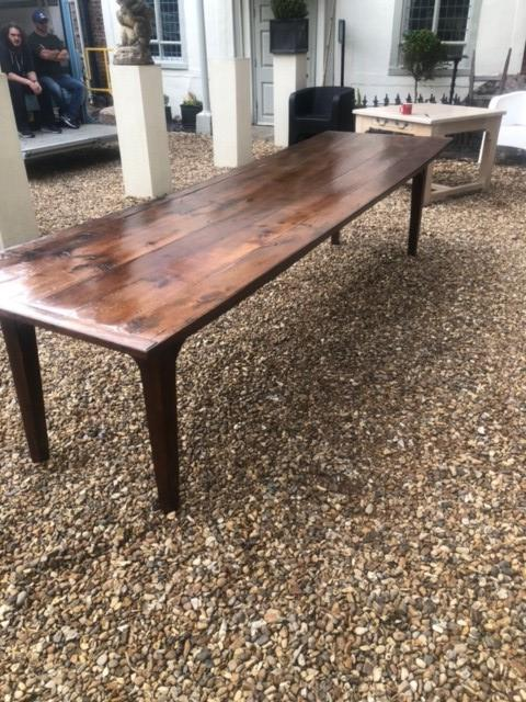 AN 18TH/19TH CENTURY FRENCH FRUITWOOD REFECTORY TABLE The four plank top above four drawers, - Image 5 of 5