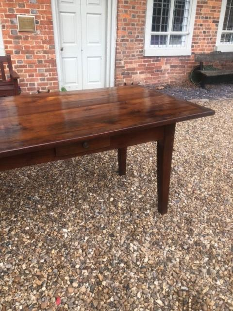 AN 18TH/19TH CENTURY FRENCH FRUITWOOD REFECTORY TABLE The four plank top above four drawers, - Image 3 of 5
