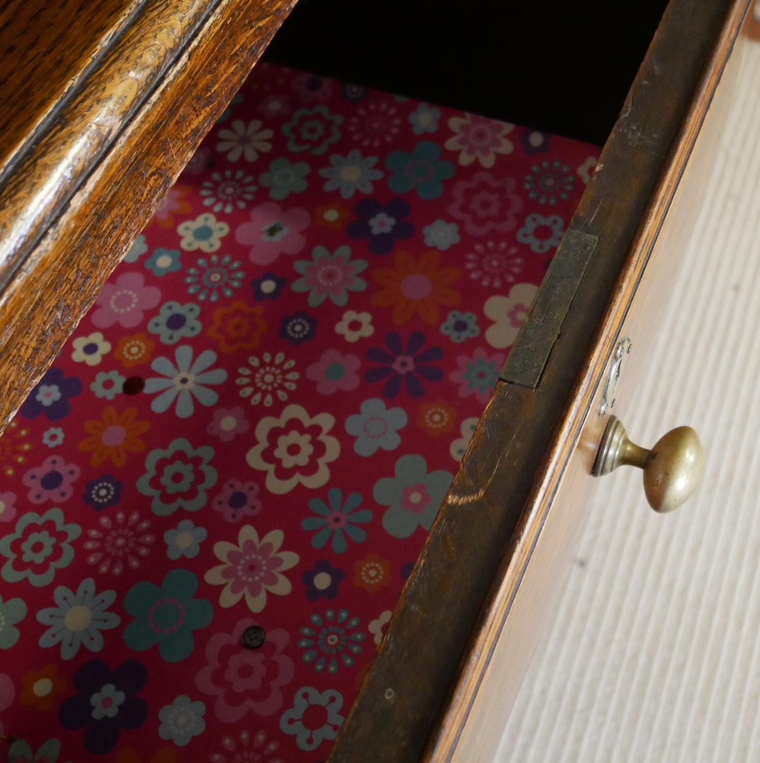 A 19TH CENTURY OAK DRESSER With three drawers above a central cupboard, on square legs. (152cm x - Image 6 of 7