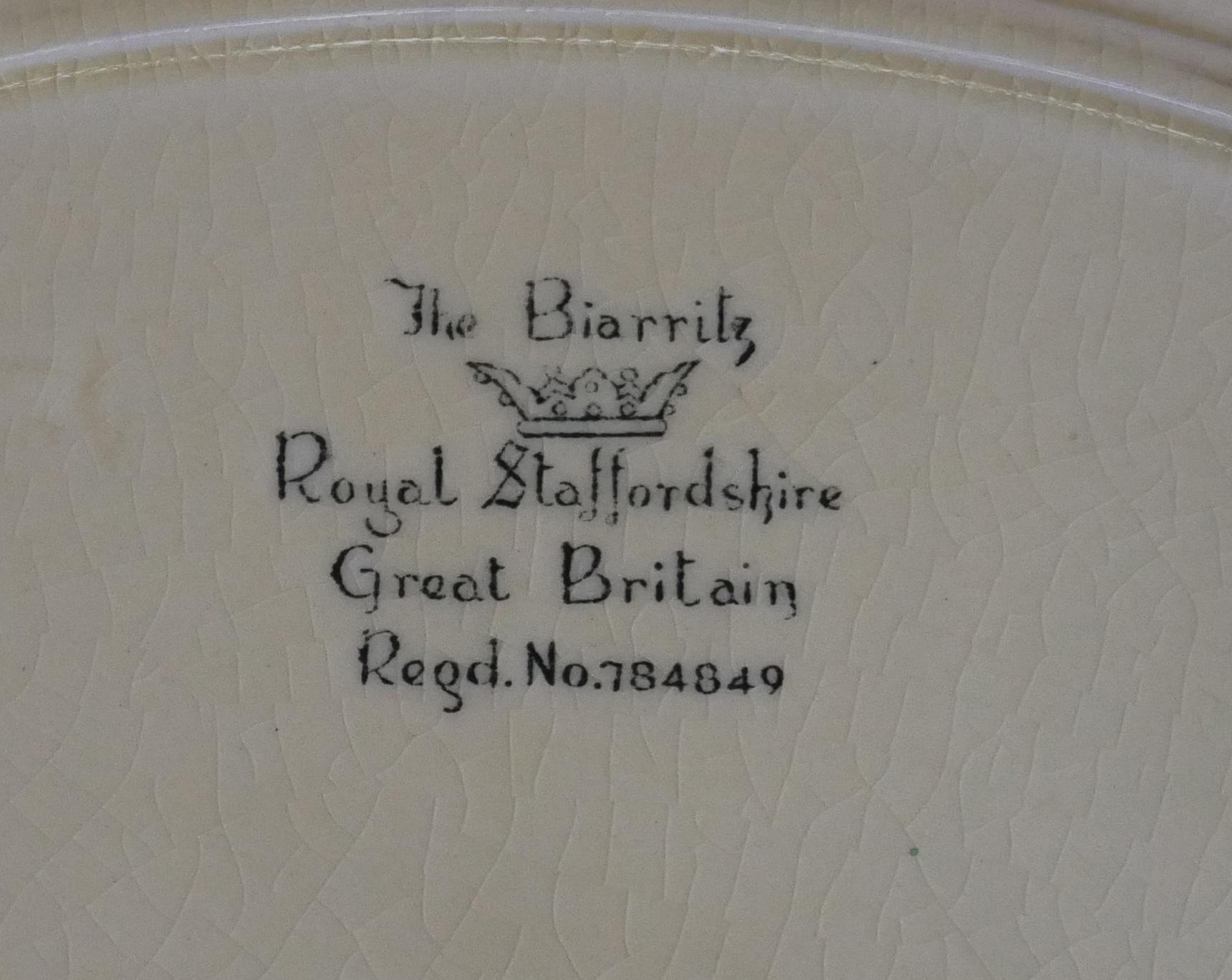 CLARICE CLIFF, ROYAL STAFFORDSHIRE-WILKINSON FACTORY, BIARRITZ RANGE, AN ART DECO RHODANTHE - Image 4 of 4