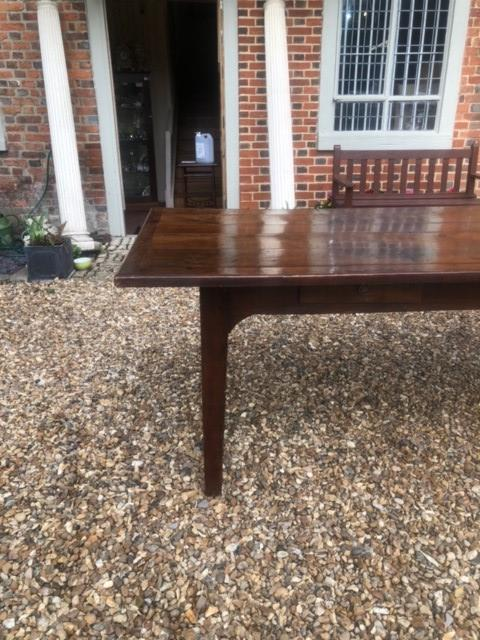 AN 18TH/19TH CENTURY FRENCH FRUITWOOD REFECTORY TABLE The four plank top above four drawers, - Image 2 of 5