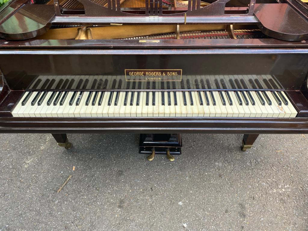 GEORGE RODGERS & SONS LONDON A mahogany cased baby grand piano - Image 4 of 5