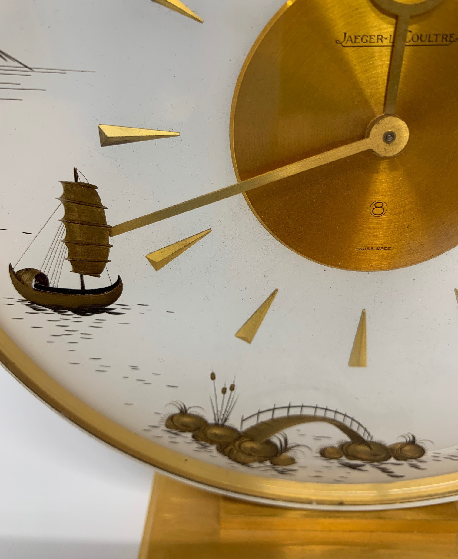 JAEGER-LECOULTRE, A MID CENTURY CLOCK With gilt metal chinoiserie decoration. (h 20cm x diameter - Image 4 of 6