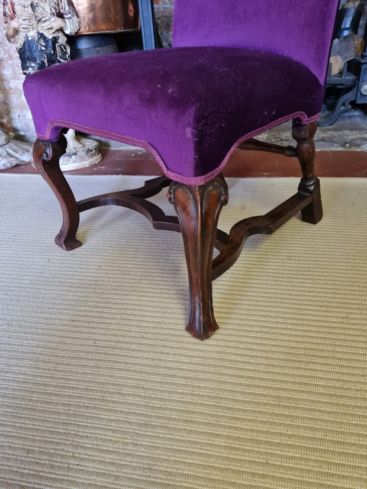 AN 18TH CENTURY WALNUT STANDARD CHAIR Upholstered in a purple fabric, raised on square cabriole legs - Image 3 of 3