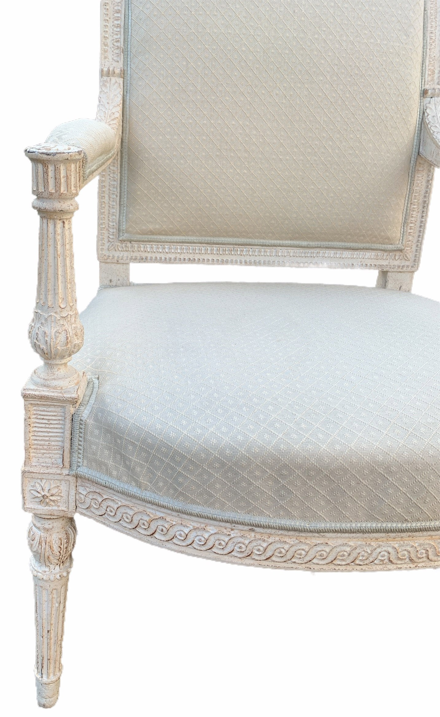 AN 18TH CENTURY LOUIS XVI CARVED WOOD AND PAINTED SALON SUITE Comprising a pair of three seat settee - Image 6 of 12