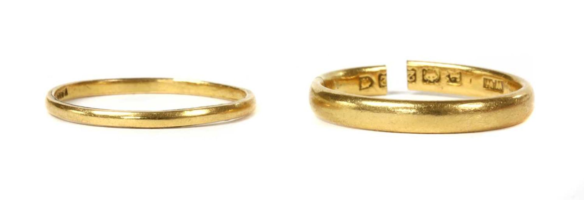 A 22ct gold 'D' section wedding ring,