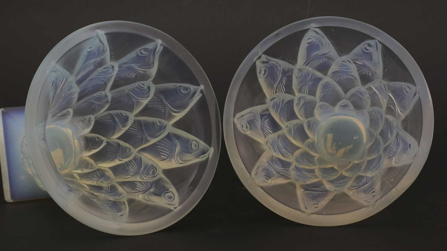 A pair of Sabino opalescent glass vases, - Image 4 of 4