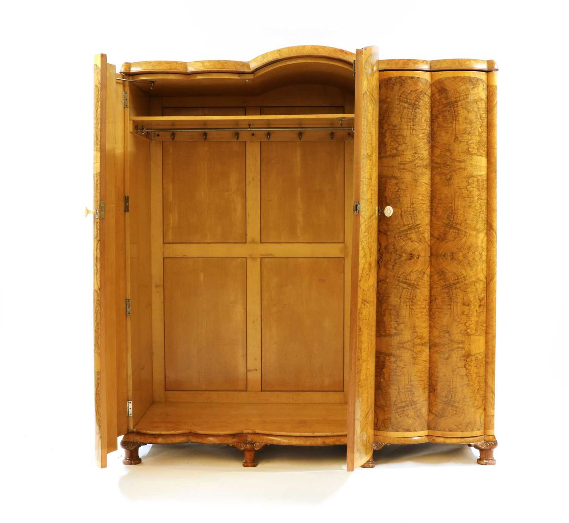 An Art Deco burr walnut and maple bedroom suite, - Image 26 of 45