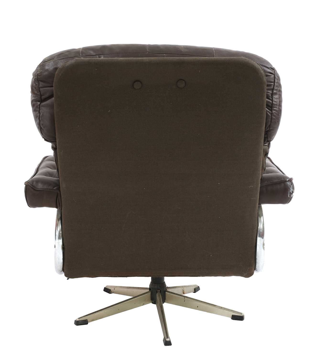 A chocolate leather lounger, - Image 3 of 4
