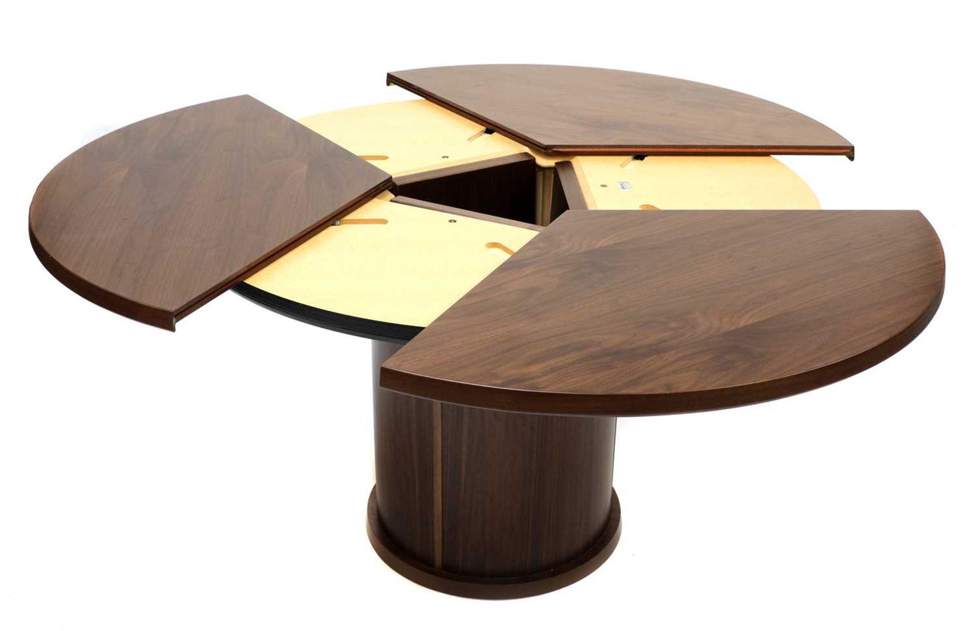 A Skovby 'Confide' walnut veneered extending circular dining table - Image 2 of 7